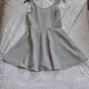 Decree Black and white ribbed skater dress. Sz M